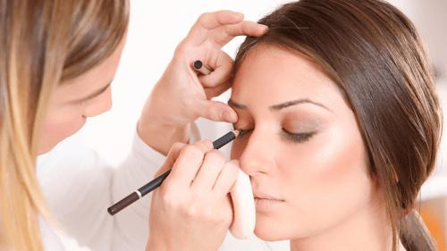 demostraciones-y-aplicaciones-de-maquillaje